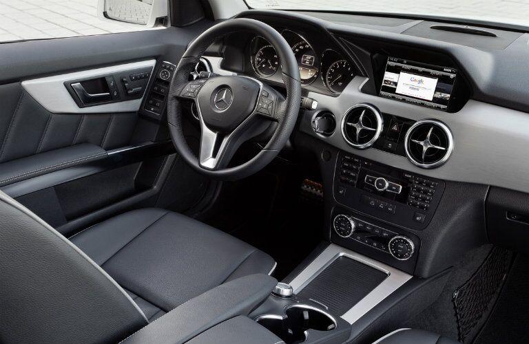 Mercedes-Benz GLK-Class Inside View