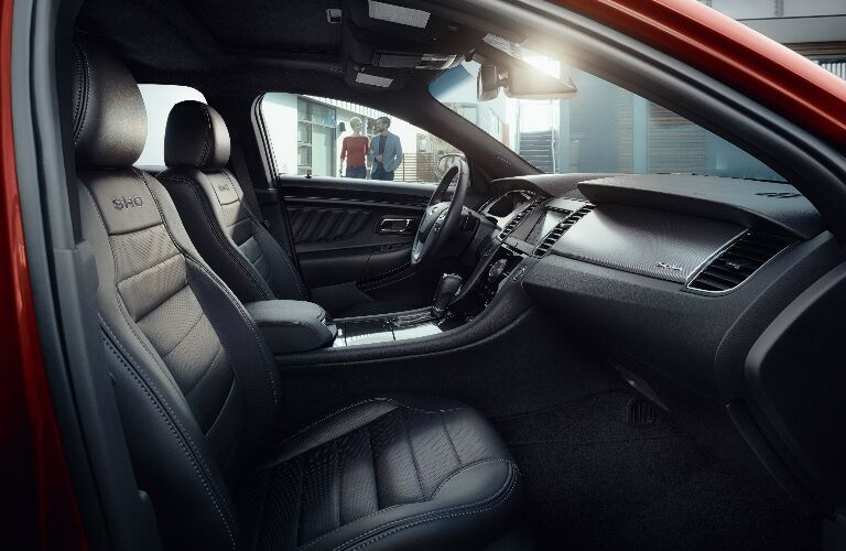 2017 Ford Taurus interior front seats