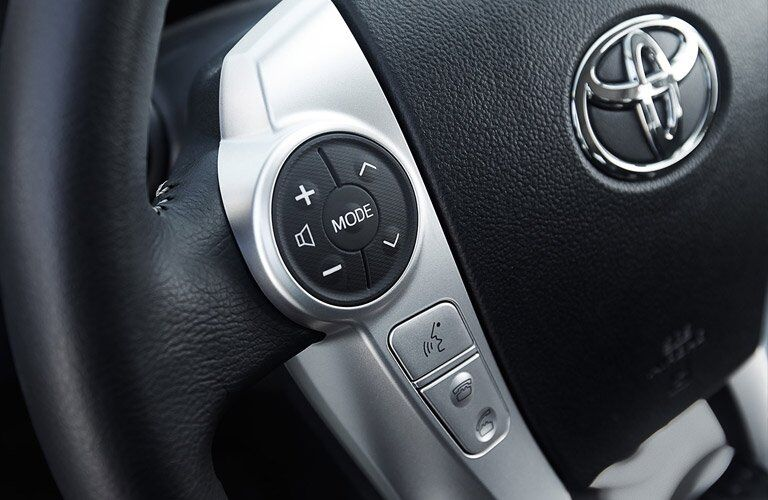 2017 Toyota Prius c steering wheel-mounted controls