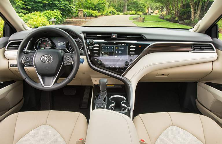 2018 Toyota Camry Hybrid steering wheel and dashboard