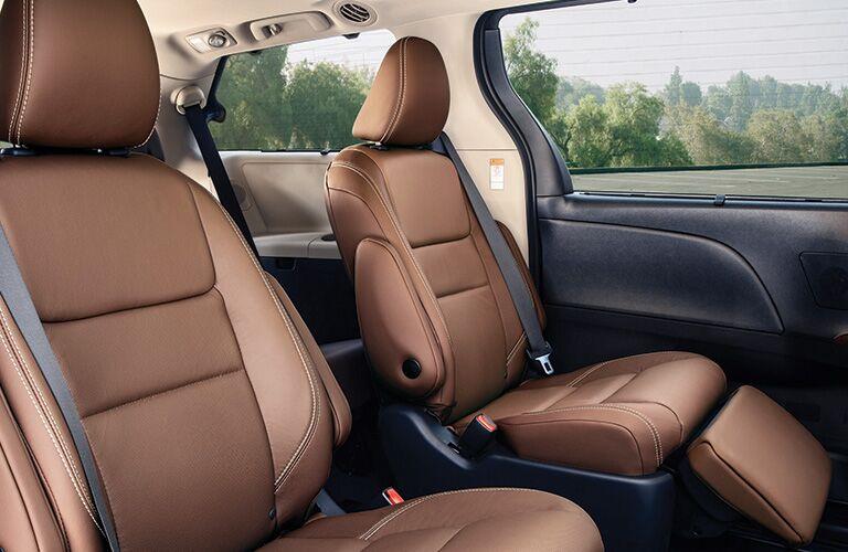 2020 Toyota Sienna second-row bucket seats