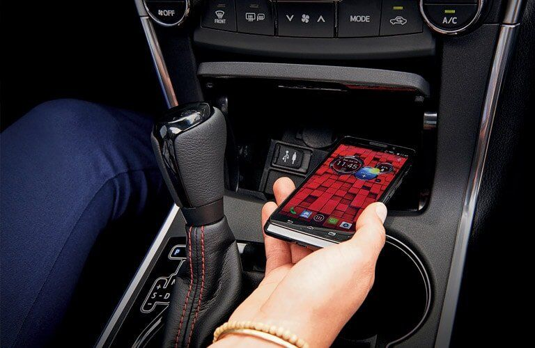 The 2017 Toyota Camry XLE's smartphone charging station