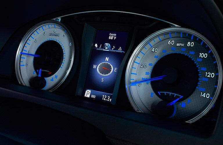 2017 Toyota Camry Hybrid Columbus IN Gauge Cluster