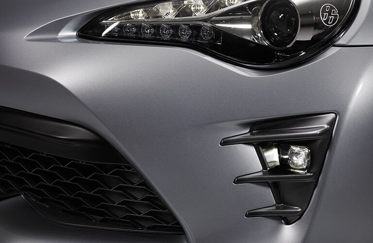 2017 Toyota 86 Headlights and Grille