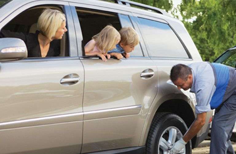 Roadside Assistance for Tire Change - Novi, MI - Mercedes Benz of Novi