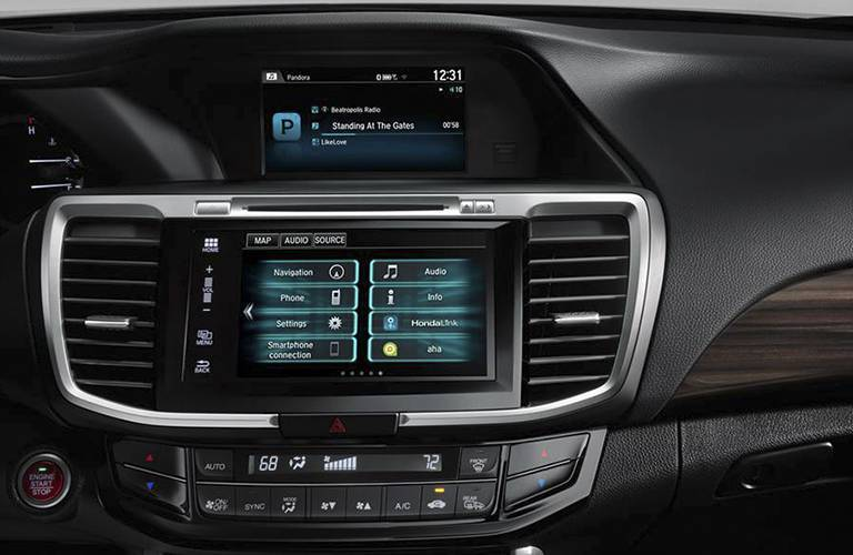 2016 Honda Accord interior infotainment system