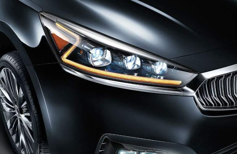 2018 Kia Cadenza's unique z-shaped headlights
