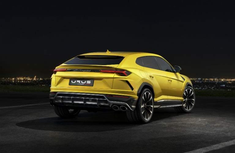 2018 Lamborghini Urus Exterior Passenger Side Rear