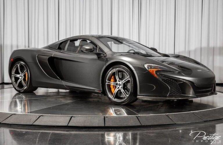 2016 McLaren 650S interior view