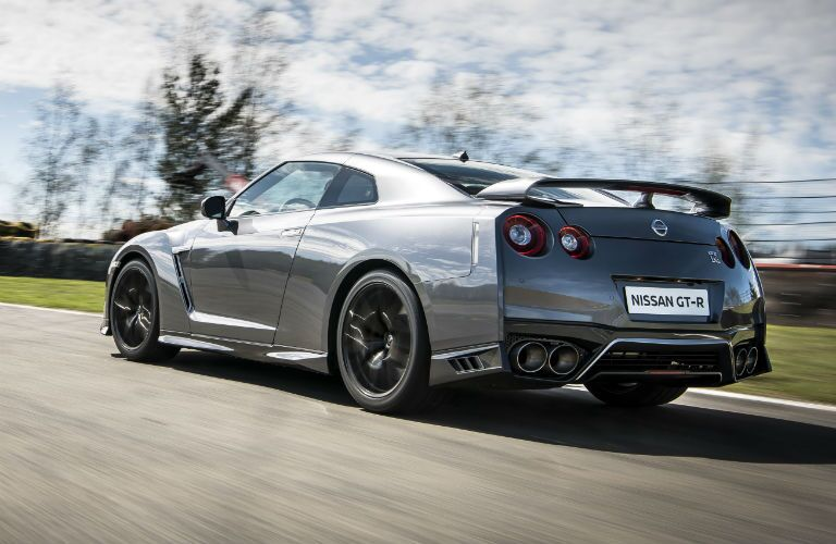 2017 Nissan GT-R Exterior Driver Side Rear Profile