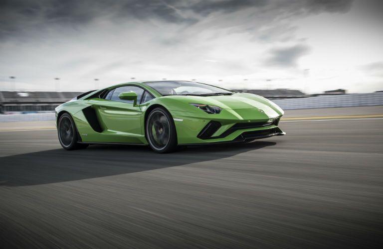 2018 Lamborghini Aventador Exterior Passenger Side Front Profile
