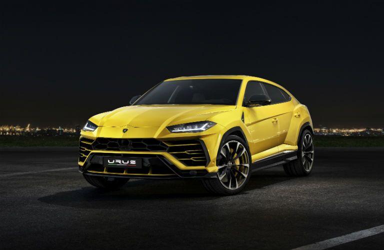 2018 Lamborghini Urus Exterior Driver Side Front