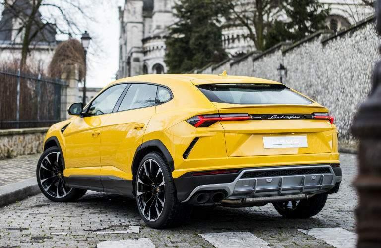 2018 Lamborghini Urus Exterior Driver Side Rear