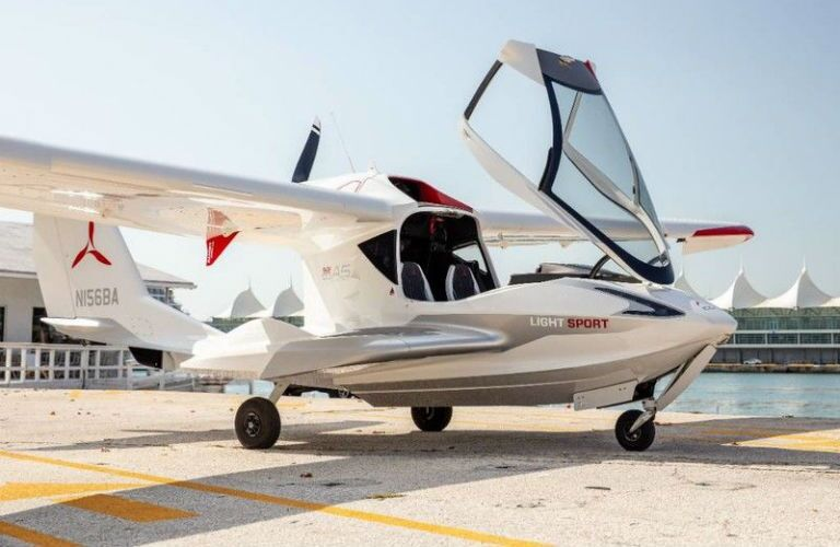 ICON A5 Aircraft Exterior Parked