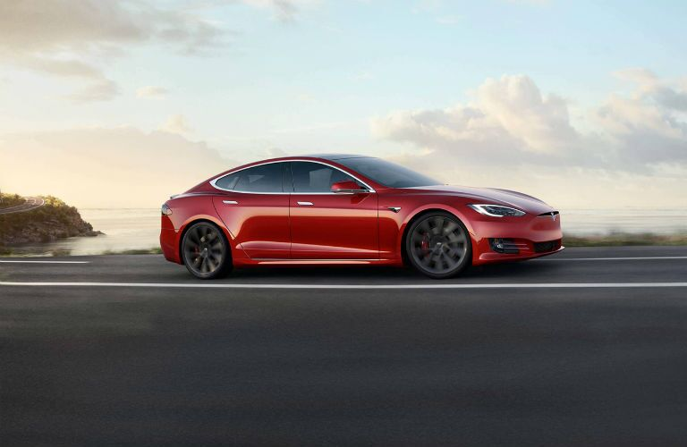 2019 Tesla Model S Exterior Passenger Side Front Profile