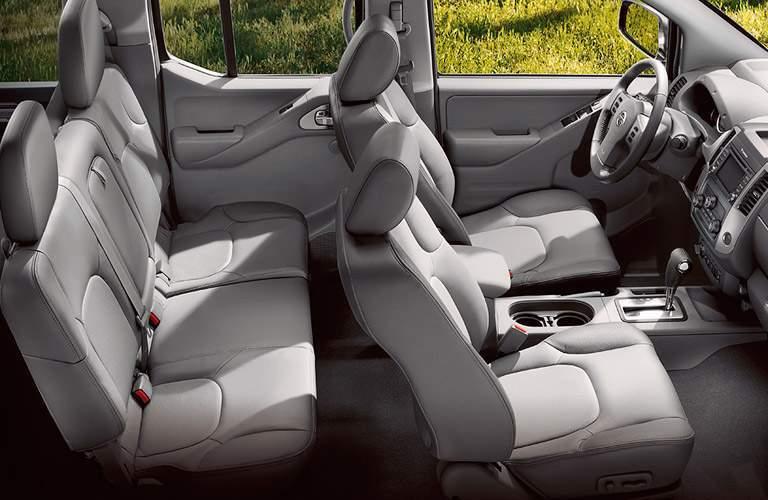2017 Nissan Frontier interior seats
