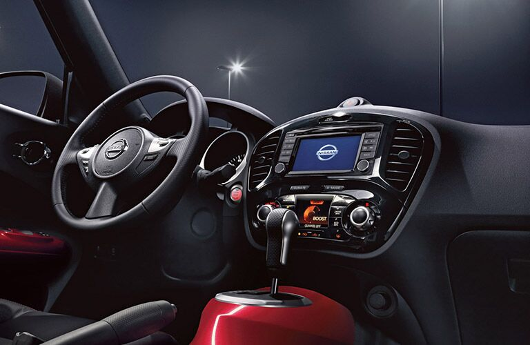 2017 Nissan Juke interior steering wheel and navigation screen