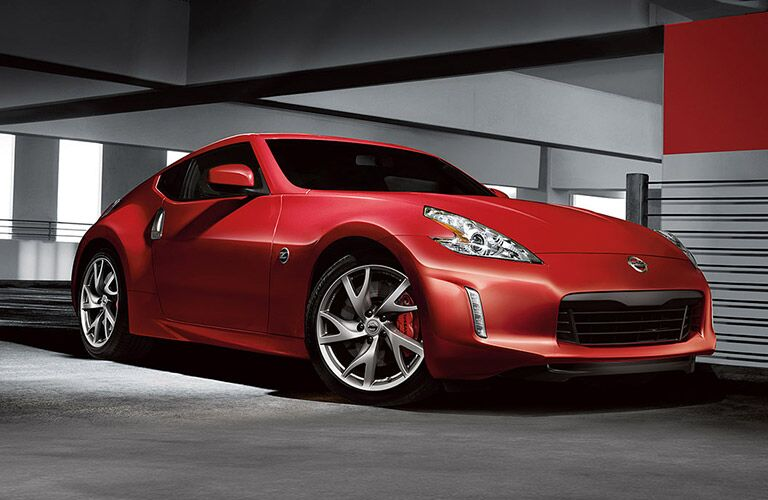 2017 Nissan 370Z red front