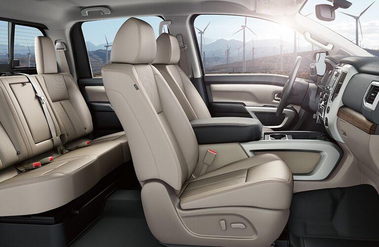 Nissan Titan seating space