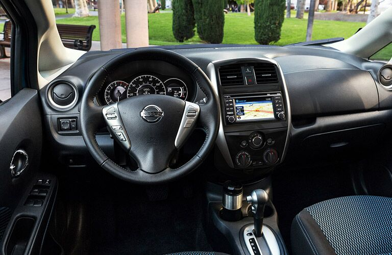 2017 nissan versa note in lee s summit mo. Black Bedroom Furniture Sets. Home Design Ideas