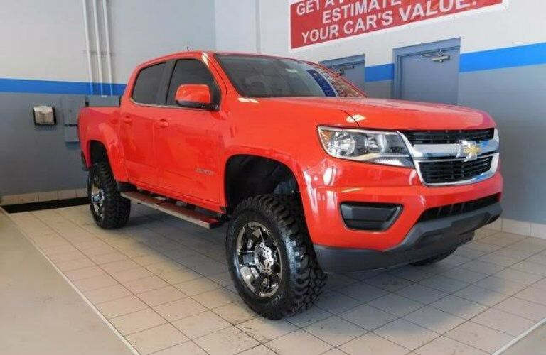 2016 Chevrolet Colorado with lift kit