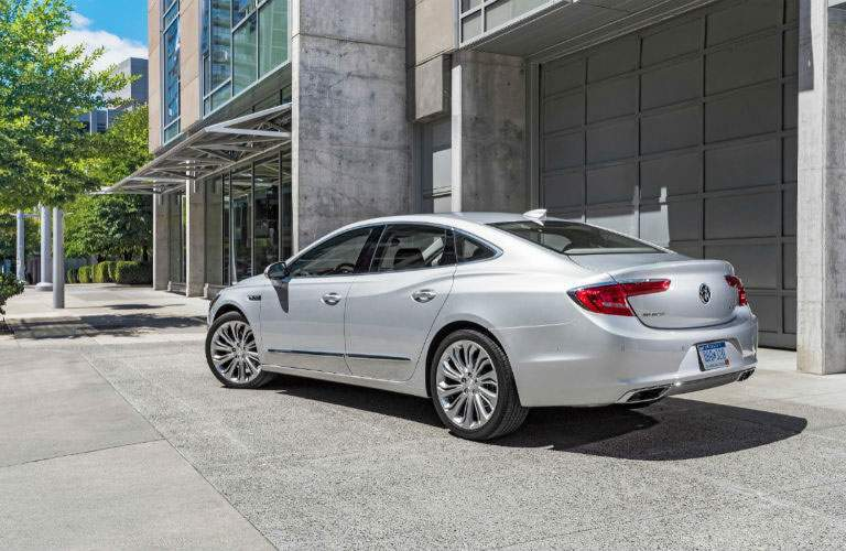 2018 Buick LaCrosse rear right exterior corner view