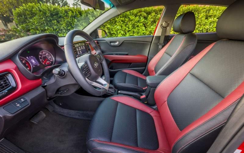 2018 Kia Rio 5-Door front seat