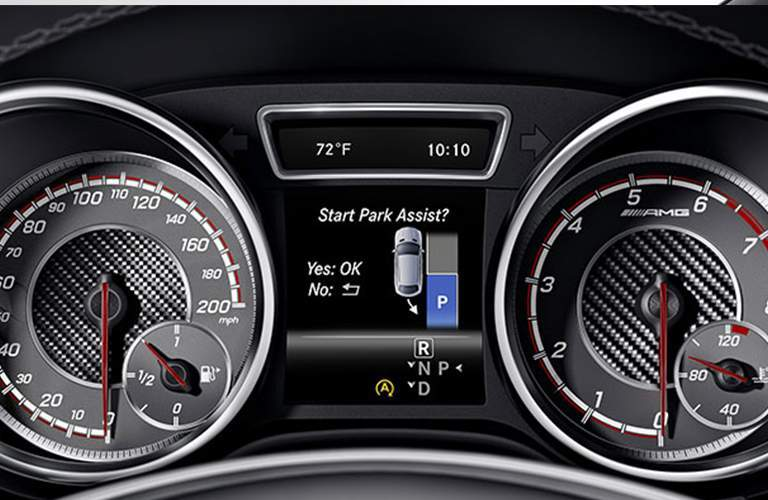 park assist and gauge cluster on the 2018 Mercedes-Benz GLE