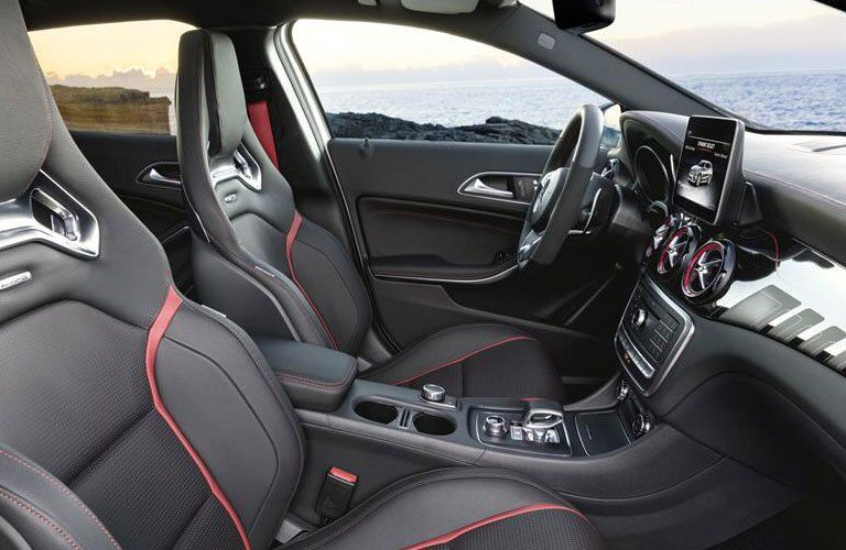 performance-designed red-accented front seats of the 2018 Mercedes-Benz GLA