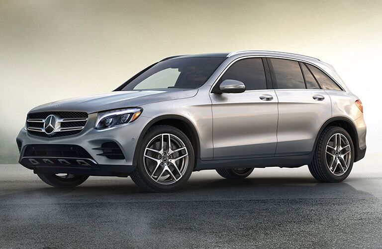 side view of a 2019 Mercedes-Benz GLC