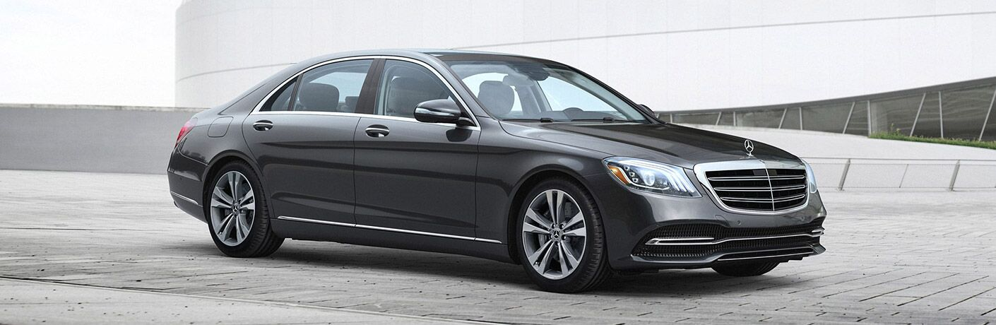 2020 MB S Class front fascia passenger side