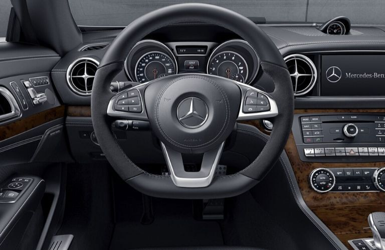Steering wheel in 2020 Mercedes-Benz SL Roadster