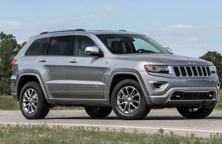 Side View of Jeep Grand Cherokee in Silver