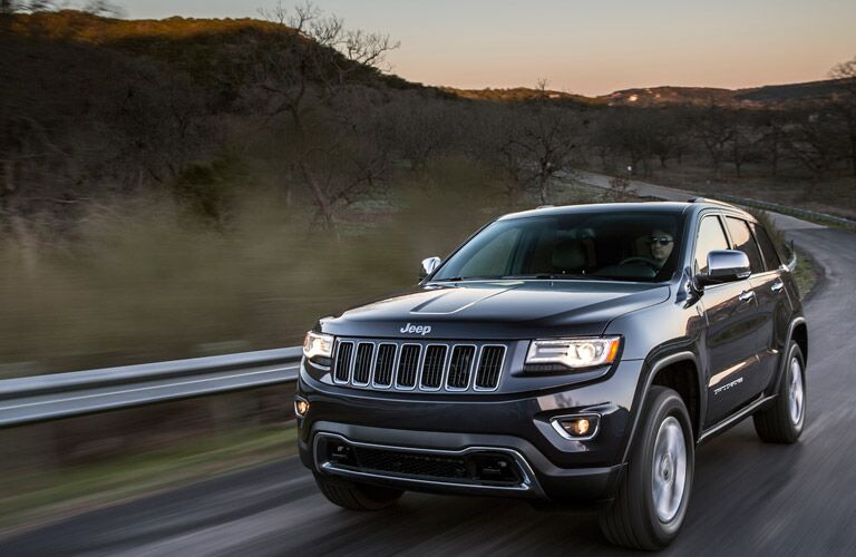 Front End View of Jeep Grand Cherokee