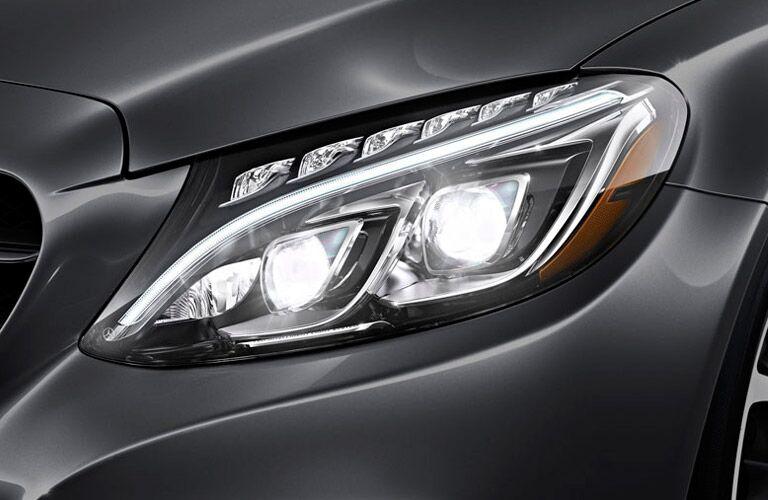Mercedes-Benz C-Class Exterior View of Headlight