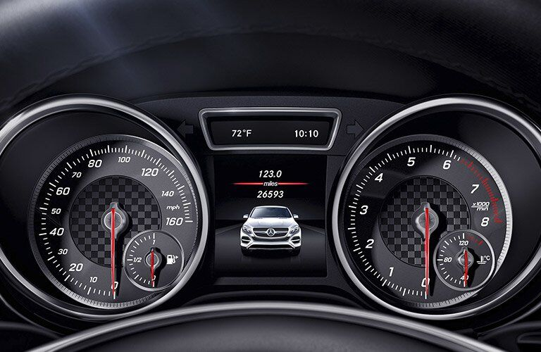 2017 AMG GLE Coupe advanced drive assist display