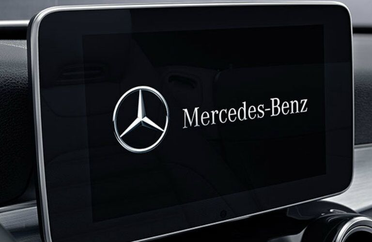 2017 AMG C 43 COMAND Touch Screen