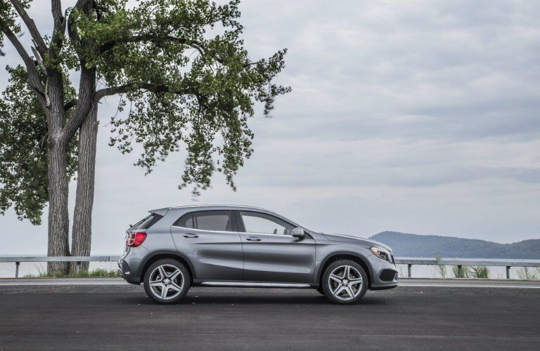 2017 GLA mountain gray metallic