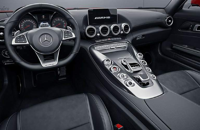 Dashboard of 2018 Mercedes-Benz AMG® GT Roadster