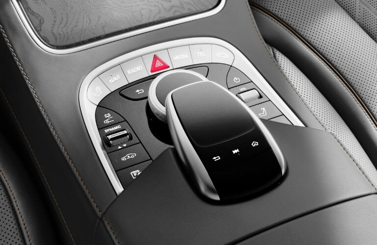Turn dial shifting and center console controls of the 2018 Mercedes-Benz S-Class