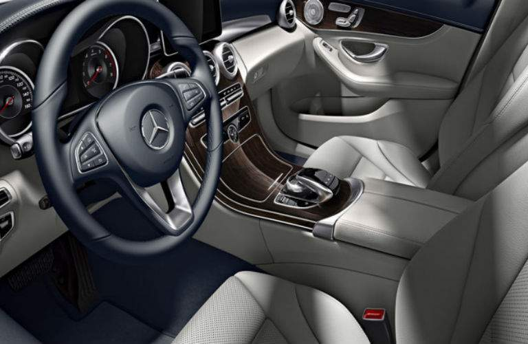 2018 Mercedes-Benz C 300 interior front view