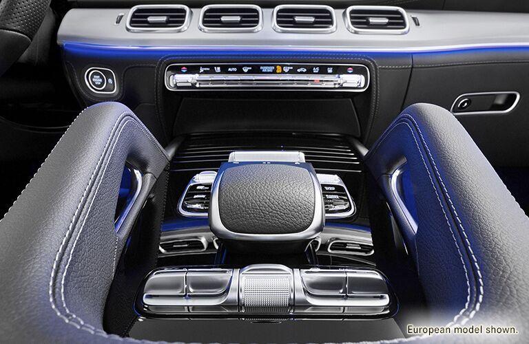 2020 Mercedes-Benz GLE center console