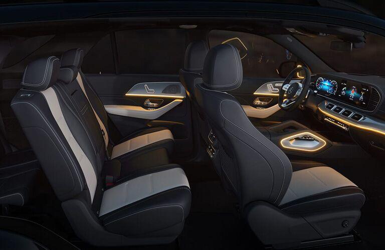 2020 Mercedes-Benz GLE side interior profile