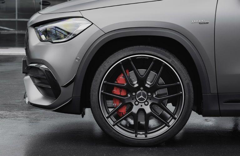 2020 Mercedes-Benz GLA front wheel