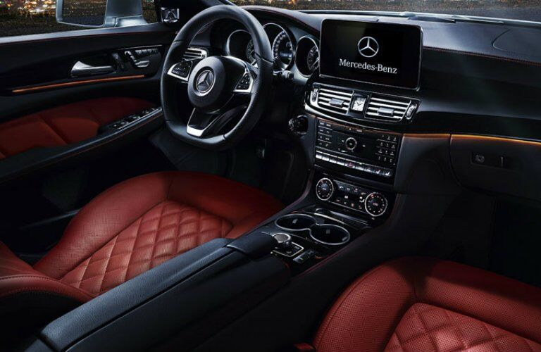 2017 CLS-Class interior features