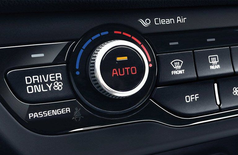 Climate Controls in the 2017 Kia Niro