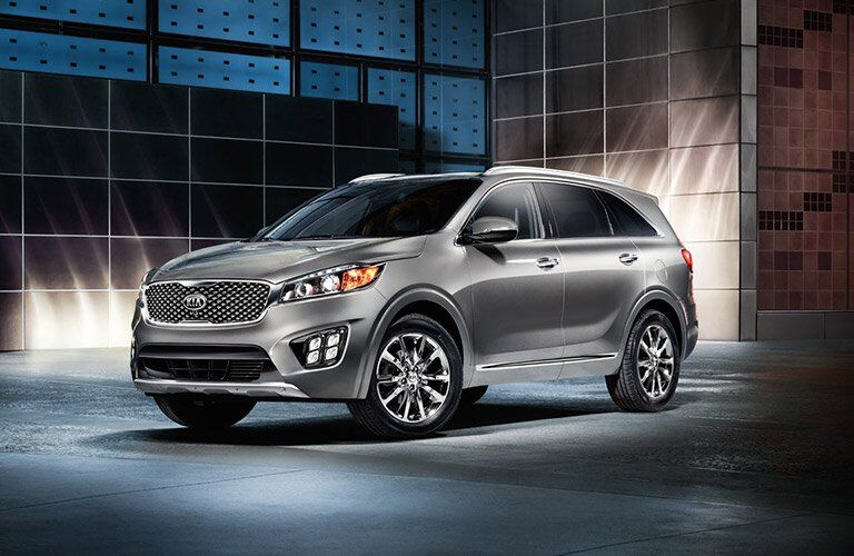 Exterior View of the 2017 Kia Sorento in Silver