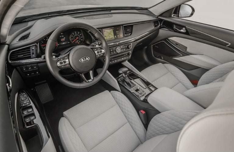 The interior updates for the 2017 Cadenza help it compete against top names in the industry