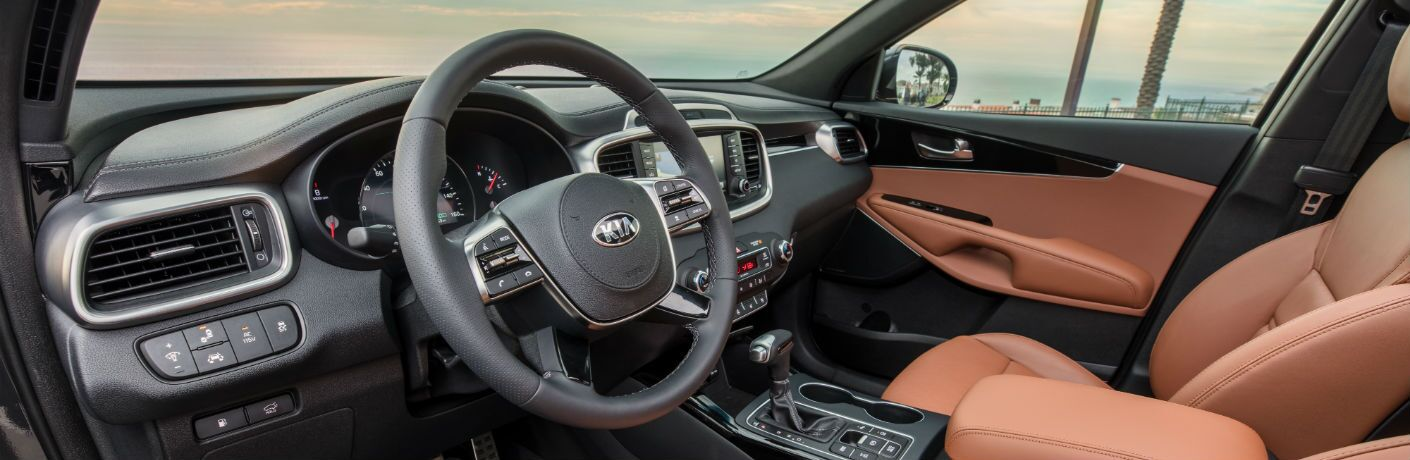A photo of the driver's cockpit in the 2020 Kia Sorento.