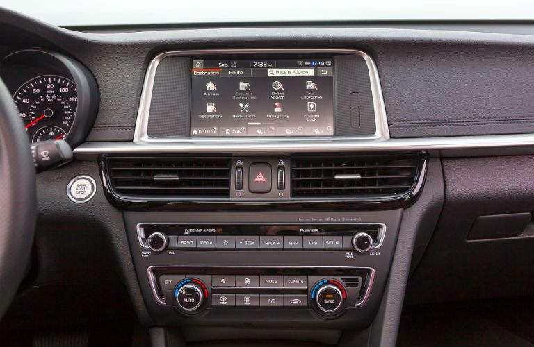 A photo of the touchscreen in the 2020 Kia Optima.